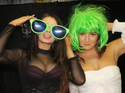 9 reasons to hire a 21st birthday photo booth